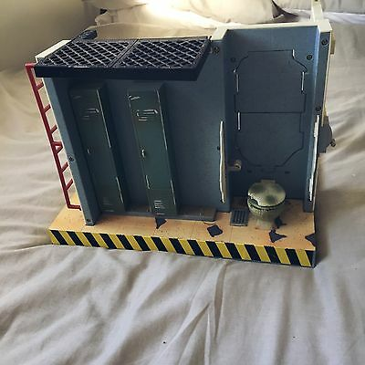 Rare WWE/WWF Backstage Wrestling Toy Play set