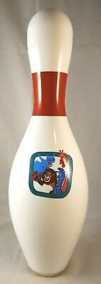 Madagascar: Escape 2 Africa Bowling Pin Regulatiion Full SIze and Weight Lane ok