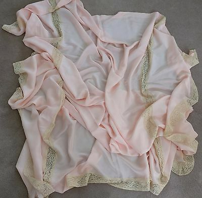 VINTAGE 1930s ALENCON LACE & PINK SATIN BED COVERLET DRAPERY PANEL EDGING SHEET
