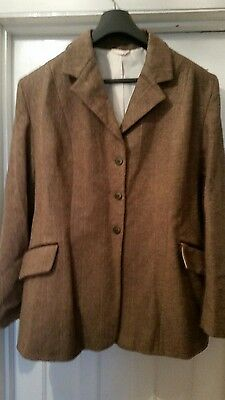 Equetech  ladies showing  jacket  size 18 /20