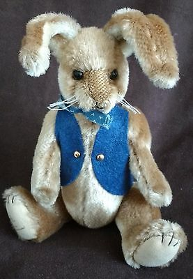 Barton's Creek Gund - Limited Edition Plush Bunny Rabbit - Carlie - New - Easter