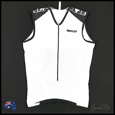 ASSOS Swiss Cycling Top Size Large White and Black