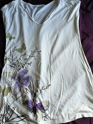 Pretty Gap maternity butterfly top size medium 12