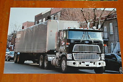 8x12 PHOTO FORD CTL 9000 CABOVER COE SEMI TRUCK MONTREAL CANADA IN 2009