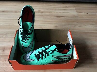 Brand New Nike Football Boots Size 6