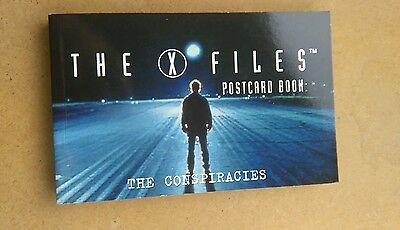 The X files. Postcard. Book. 30. Cards.