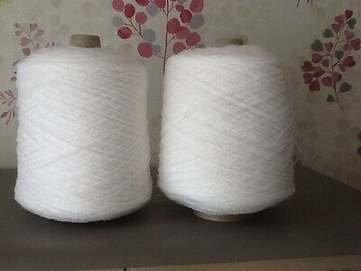 2 X PART CONES WHITE 4-PLY YARN/WOOL/ACRYLIC, 660g TOTAL, MACHINE/HAND KNITTING