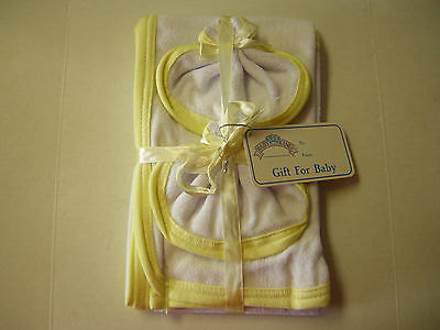 """Hooded Towel & 2 Washcloths By Baby King, White & Yellow , 21"""" x 28"""", Brand New"""