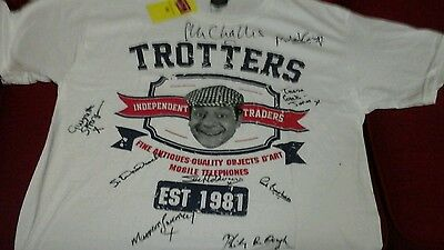 Only fools and horses t shirt signed by 9 actors and  would look great get frame