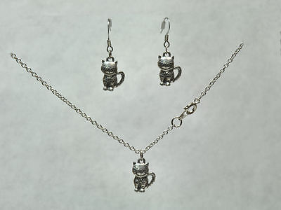 Silver Pewter CHESHIRE Smiley CAT KITTEN Necklace & Earrings  NEW  Never Worn!!
