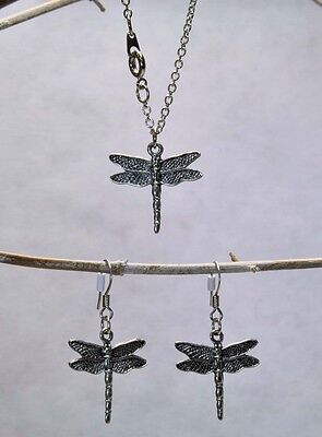 Silver Pewter DRAGONFLY Necklace & Earrings  NEW  Never Worn VERY Nice!!!