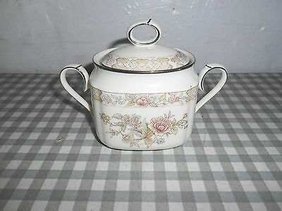 Knackatarei Sugar Pot With Cover  With Stand  Japan