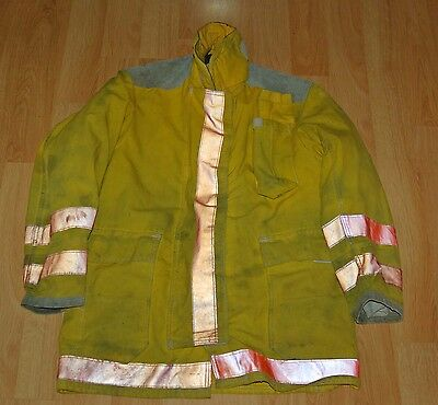 Bunker gear turnout gear Globe fire fighter Jacket & Quilted liner 44  35  used