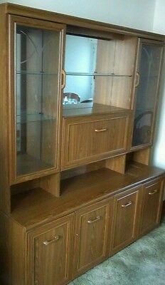 Cabinet wall unit