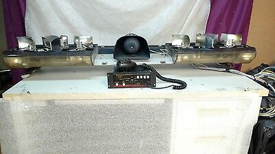 Vintage Rotating MX 7000 Code 3 light bar with controller