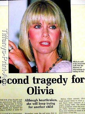 OLIVIA NEWTON JOHN    1 Pg  Magazine  Feature CLIPPINGS Photo  dated 1980s