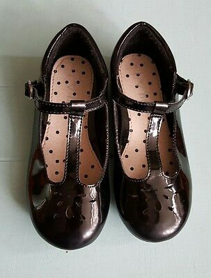 girls patent shoes