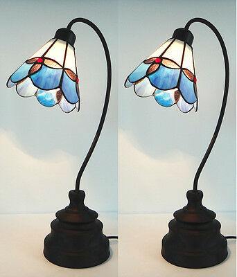 Traditional Vintage Tiffany Classic Style Antique Stained Glass Desk Table Lamp