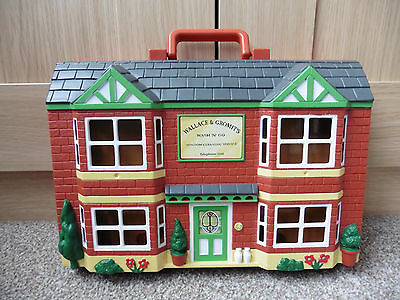 Wallace And Gromit Wash 'N' Go Playset Carry House With 6 Figures 1989