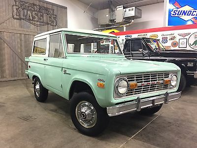 1971 Ford Bronco 302 1971 Ford Bronco 302/3-Speed Factory AC **RUST FREE**