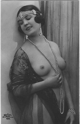 French NUDE real photo postcard circa 1920 STIC105