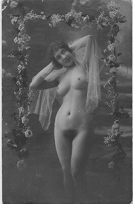 French NUDE real photo postcard circa 1920 CP181
