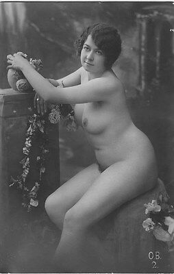French NUDE real photo postcard circa 1920 BIEDERER OB2