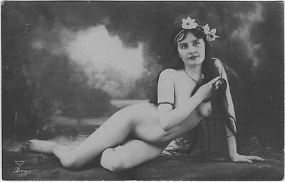 French NUDE real photo postcard circa 1920 PARIS409