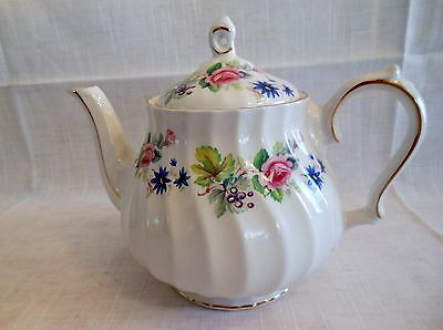 Nice Vintage SADLER Teapot w Blue,Pink,Yellow Flowers Gold Gilt Made in England