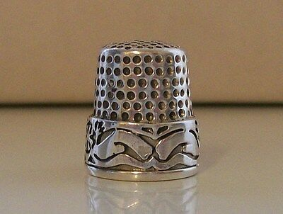 Nice Heavy 925 Sterling Silver Thimble (Weight Approx: 11.55 Grams)