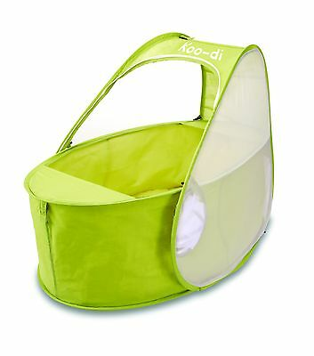 Koo-Di Pop Up Travel Bassinette Portable Travel Cot Green 0-6 months w/carry bag