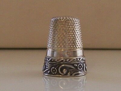 Absolutely Lovely 835 Silver Thimble with Nice Decorative Border