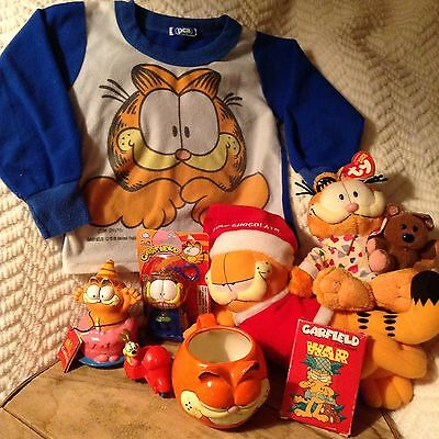 Garfield Lot Of 8 Bundle Jim Davis Vintage War Card Game Beanie Ty Sweatshirt