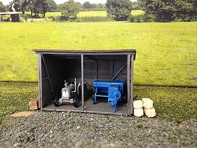 Small farm shed/ machinery shed/machinery shop HO scale laser kit