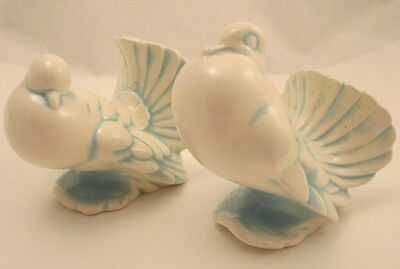 Vintage Pair Of Ceramic Doves Pigeons Figurines Blue & White Home Decor 1977
