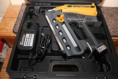 Bostitch - GF28WW Framing Nailer Kit Mint comes with Case and Battery 63367