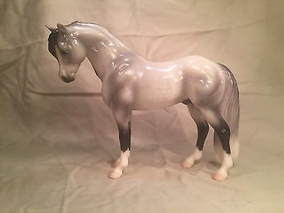 Breyer Icicle Limited Edition Flagship Model