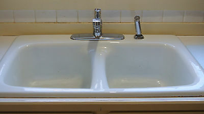 "Vintage Cast Iron White Porcelain Double Basin Kitchen Sink 32""X22"" Faucet/Spray"