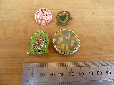 Vintage Old Lot Of Badges, Pins Old Badges Lot 'x4' Ashes Games Etc (D425)