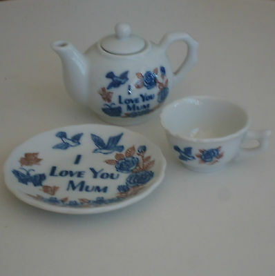 Lovely Vintage Miniature Teapot, Cup & Saucer 'I Love You Mum' *Mother's Day