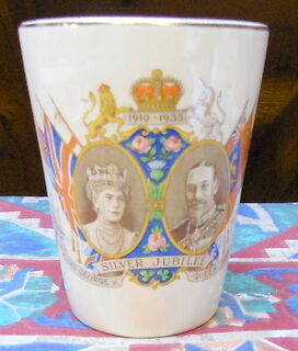 King George SILVER JUBILEE 1910-1935 RARE China Tea Cup Vintage