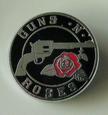GUNS N ROSES OLD ENAMEL PIN BADGE FROM THE 1980's PARADISE CITY AXL ROSE SLASH
