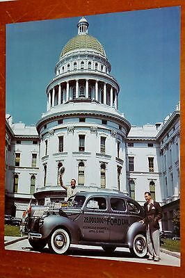 Photo 1940 Ford Four Door Sedan - 28,000,000 One Produced Built - Retro Vintage