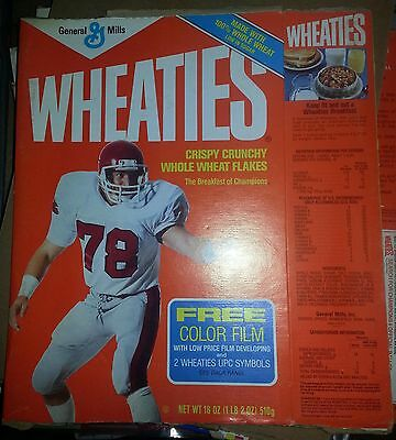 1984 General Mills Wheaties #78 Football player cereal box