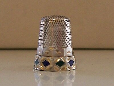Lovely Continental Silver Thimble with Enamel Border Decoration