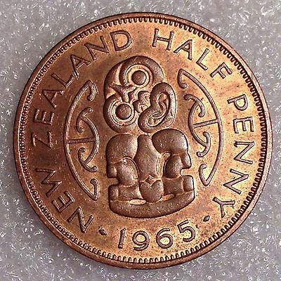 New Zealand 1/2 Penny 1965 Great Coin!   Bronze  #5567