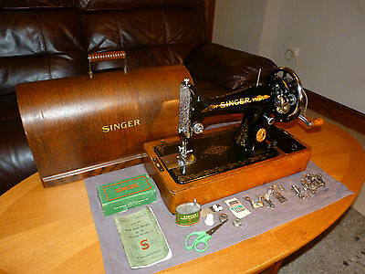 Vintage Singer 99K Hand Cranked Sewing Machine 1938 a Beautiful Thing!