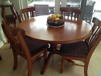 Dining table, kitchen table