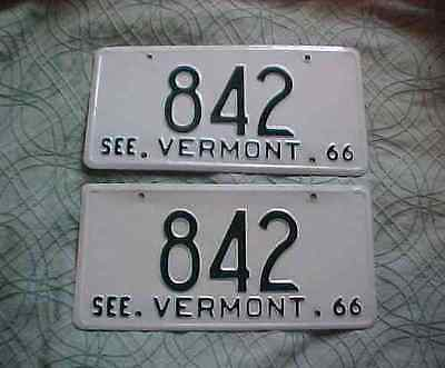 "Vintage 1966 Matched Pair Vermont License Plates Low Numbers 842 ""SEE VERMONT"""