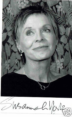 Susannah York  Actress Hand Signed Photograph 5 x 3